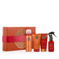 Rituals The Ritual of Happy Buddha Energising Treat Set (4 Artikel) = Fortune Shower Gel + Smile Body Scrub + Buddha Belly Body Cream + Parfum d'Interieur
