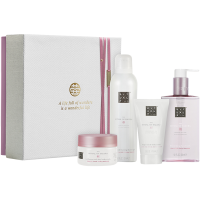 The Ritual of Sakura Renewing Giftset Medium = Foaming Shower Gel 200 ml + Body Scrub 125 g + Body Cream 70 ml + Hand Wash 300 ml