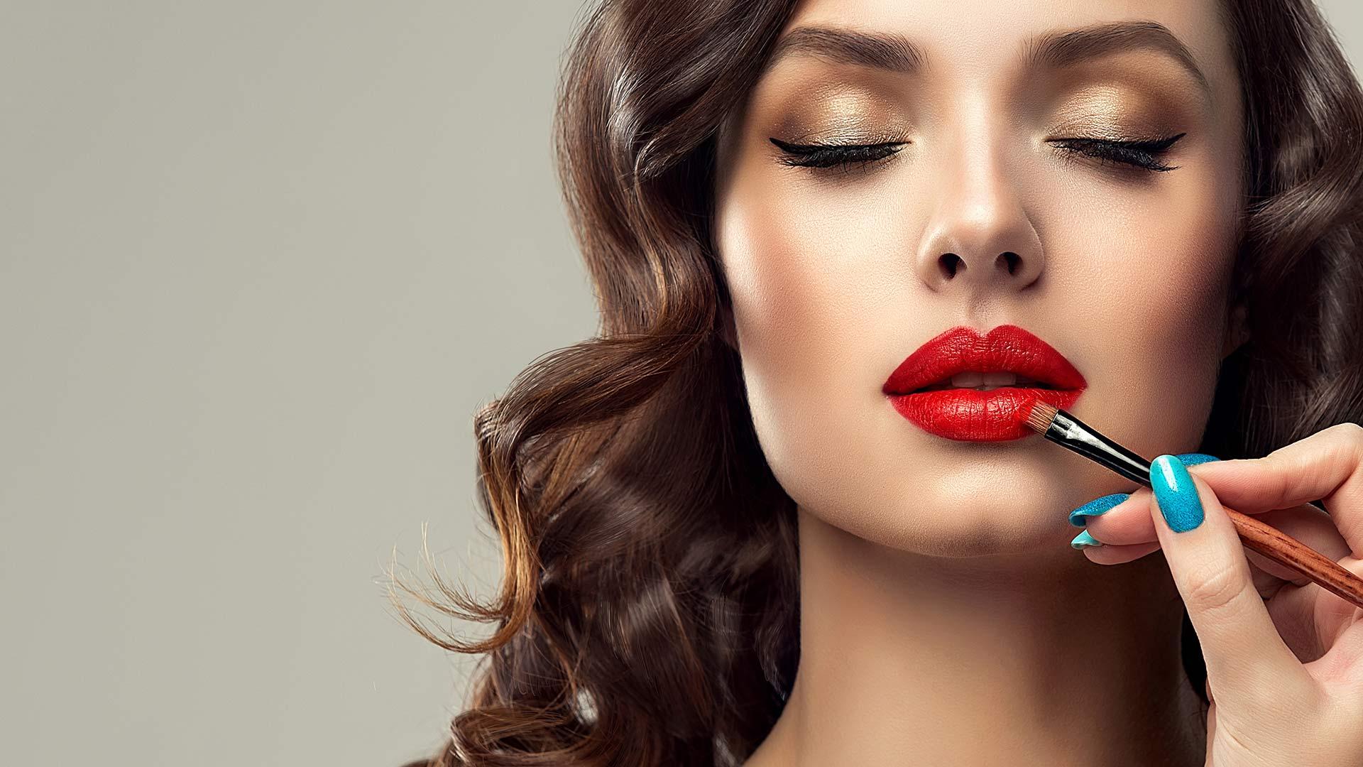 red-lips-so-schminken-sie-den-angesagten-trend-richtig